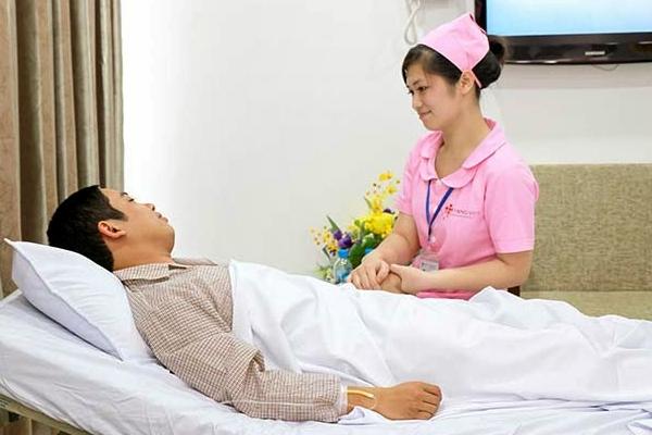 Lựa chọn ngành Điều dưỡng có cơ hội làm việc ở nước ngoài 2