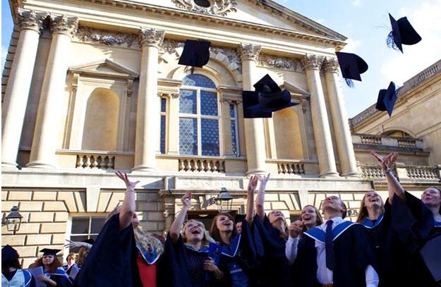 Điều kiện du học đại học ở Pháp khá khắt khe