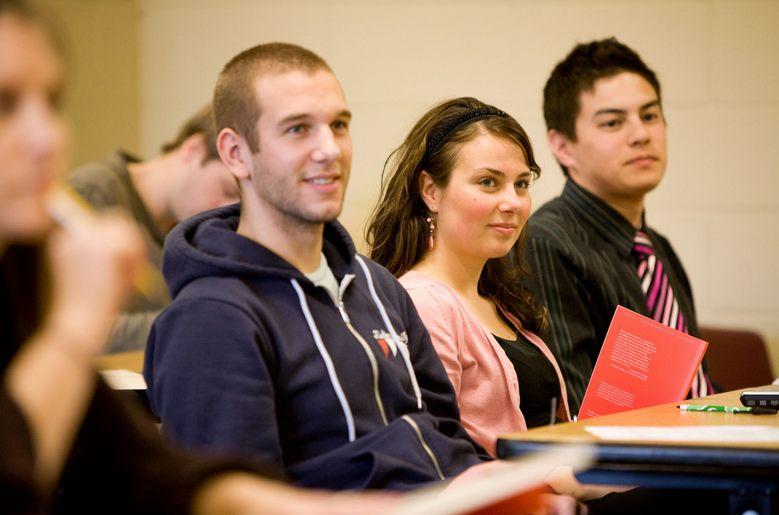 Học phí các trường công lập ở Pháp rất hợp lý đối với sinh viên